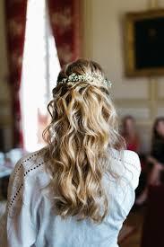 Quelle Coiffure De Mariée Avec Les Cheveux Bouclés
