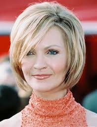 2018 short hairstyles for older women