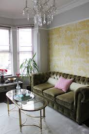 take a look at my thoughts on painting above the picture rail within your home