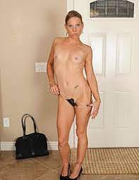 Mature Pictures Featuring 32 Year Old Alyssa Dutch From Allover30 Mature Porn Pics