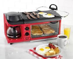 Retro Toasters 7 reasons to buy the 3in1 breakfast station by nostalgia 5433 by uwakikaiketsu.us