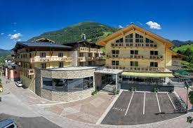 Alpina Hotel Hotel Alpina Euer Hotel In Saalbach Hinterglemm The Hotel