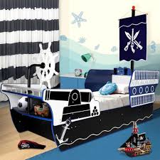 easy steps to create cool pirate ship bed with pictures aida homes 20 exle of finished pirate ship bed