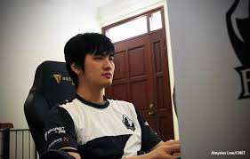 lucrative streaming is destroying the careers of players in china