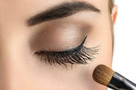 did you know smokey eye makeup can make your face look thinner by elongating and lifting