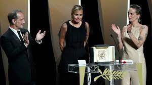 Cannes 2021: Julia Ducournau makes ...