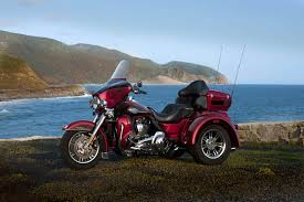 harley davidson flhtcutg tri glide ultra classic review 2012 harley davidson flhtcutg tri glide ultra classic back to 2012 harley davidson motorcycle model review page