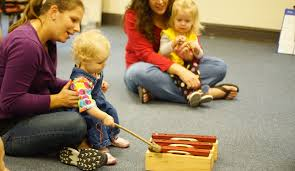 Interactive screen time with a real teacher! Toddlers Tinker Away In Family Music Class The Baylor Lariat