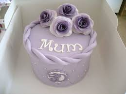 My Mums 50th Birthday Cake And Cupcakes Cake By Daisychains