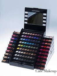 sephora makeup academy palette this is a 90 make up kit but it has a lot of awesome makeup