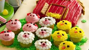 Barn Cake With Farm Animal Cupcakes Recipe Bettycrockercom