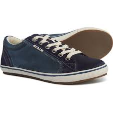Taos Footwear Retro Star Sneakers Suede For Women