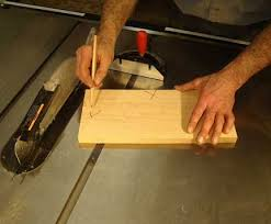 table saw miter gauge. how to align your table saw miter gauge, blade and fence. these easy checks will help you make perfectly accurate cuts with saw. gauge a