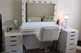 bedroom vanity sets white. Outstanding Bedroom Vanity Sets With Drawers Collection And Mirror Bench On Ideas White Makeup For A U