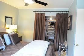 best way to arrange a small master bedroom1600 x 1063