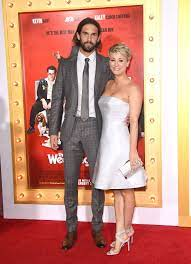 Kaley Cuoco-Sweeting's Husband Actually Lost His Vows Minutes Before Their  Wedding | Kaley cuoco, The wedding ringer, Wedding ringer