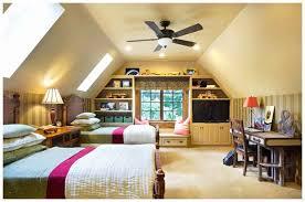 Wohnzimmer Mit Dachschräge Beste Schlafzimmer Mit Schräge Schön