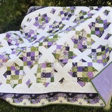 Lilacs Wedding Quilt | Quiltsby.me & Lilacs Wedding Quilt Adamdwight.com