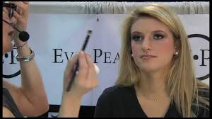 eve pearl does glamour makeup