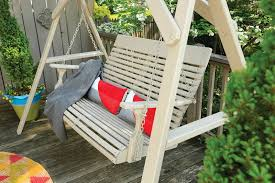 spray paint a wood porch swing