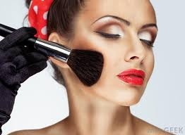 what is a fashion makeup artist with