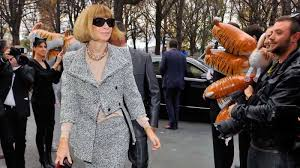 worst part of flying after having to take your shoes off at security is that everyone dresses like slobs not vogue scarecrow in chief anna wintour anna wintour office google