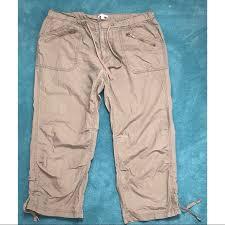 Pants In Gap Size 10 Capri Pants In Army Green