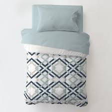 navy and gray geometric toddler bedding