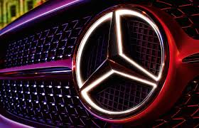 Light Up Car Emblems A True Highlight Thanks To Fibre Optic Cables And Led