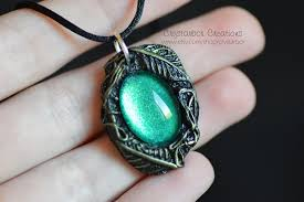 elven leaf woodland necklace lord of the ring jewelry woodland enchanted botanical elf green