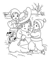 Small Picture Kids Putting Make Up on Mr Snowman on Winter Coloring Page