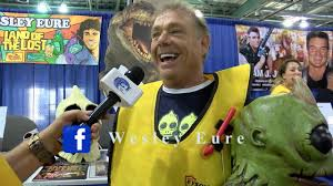 Wizard World Sacramento 2019 Interview with Wesley Eure - YouTube