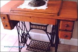 antique singer sewing machine table vine singer sewing machine in cabinet antique singer sewing machine table