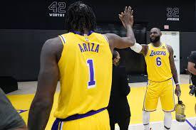 """Jugadores de Lakers: """"Viejos, lentos y ..."""