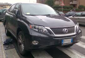 File:Lexus RX 450h 2009.jpg - Wikimedia Commons
