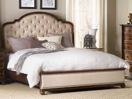 bedding for platform beds. Unique For Hooker Furniture Leesburg Rich Traditional Mahogany Queen Size Platform Bed Intended Bedding For Beds O