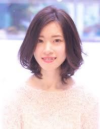 大人かわいい小顔ひし形ミディアムwa 401 ヘアカタログ髪型ヘア