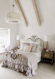 Shabby Chic Vintage Inspired Bedroom Decor (Image 19 of 20)