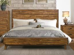 Image of: Good Solid Wood Platform Bed