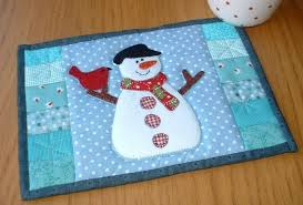 Snowman Quilt Patterns & Projects to Try: Frosty Approved! & Snowman and Cardinal Mug Rug Adamdwight.com