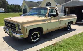 1977 Chevy C10 with U.S. Mags Standards