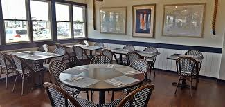 Waterfront Restaurant In Osterville Ma Chart Room At Crosbys