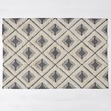 tufted floor rug