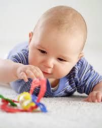 bébé 0 18 mois les jeux