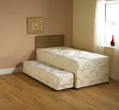 Small Single Bedroom Divan Beds Centre 2ft 6in Small Single Divan Beds