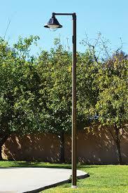 Solar Regency Post  Pole Top LightSolar Pole Lighting