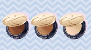 Theres An Estee Lauder Double Wear Powder Foundation Coming