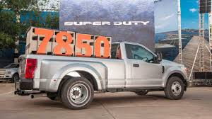 2020 Ford Super Duty Can Tow Up To 24 200 Pounds Slashgear