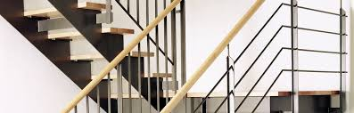Treppen sind in jedem haus mit zwei oder mehr stockwerken unverzichtbar. Massgeschneiderte Podesttreppen ǀ Stadler Treppen