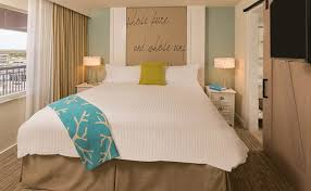 luxury queen suite with roll in shower in beach house suites st pete